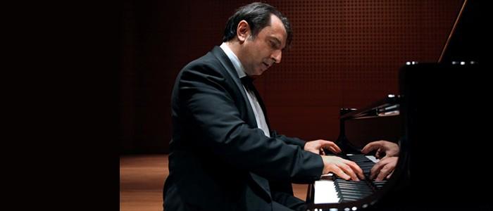 Masterclass di pianoforte del M. Carlo Grante – 7/9-04-2016