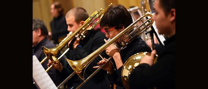 Im Freien. Concerto Fiati della classe di Esercitazioni orchestrali e Wind Band del Conservatorio di Parma – 29-06-2021 ore 20:30